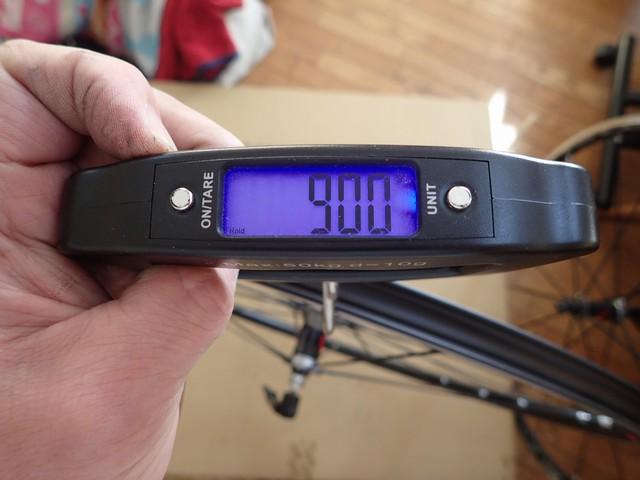 リアホイール重量